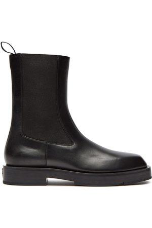 Givenchy Men Chelsea Boots - 4G plaque Chelsea boots