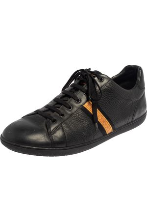 LOUIS VUITTON Leather Low Top Sneakers Size 45