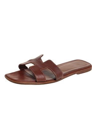 Hermès Hermès Leather Oran Sandals Size 40
