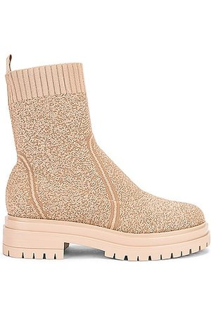 Gianvito Rossi Torrance Knit Ankle Boots in Neutral