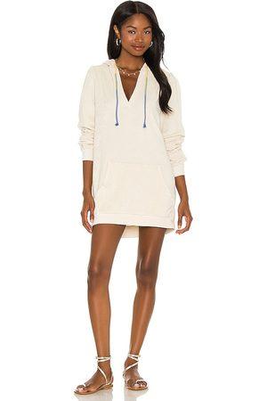 Michael Lauren Ben Hoodie Dress in Ivory.