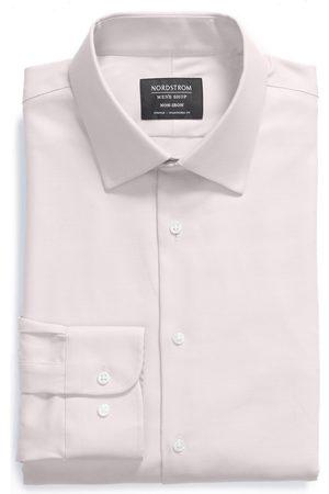 Nordstrom Men's Classic Fit Non-Iron Stretch Dress Shirt