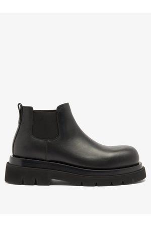 Bottega Veneta Tread-sole Leather Chelsea Boots - Mens