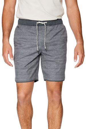 7 Diamonds Men's Core Active Linear Print Shorts
