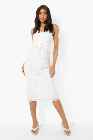 Boohoo Womens Tall Broiderie Peplum Bodycon Midi Dress - - 2