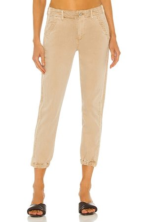 Paige Mayslie Jogger in Beige.