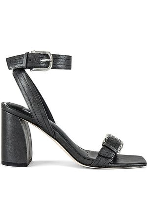 Paige Lydia Heel in .