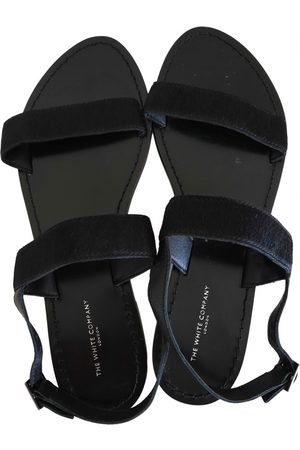 The White Company Leather sandal