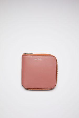 Acne Studios FN-UX-SLGS000162 Zippered wallet