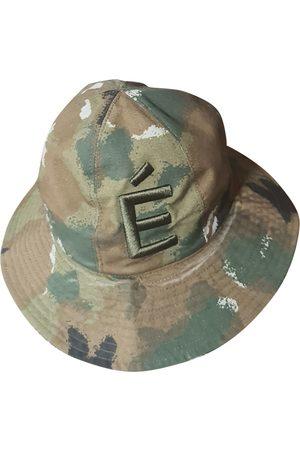 Études Studio Hat