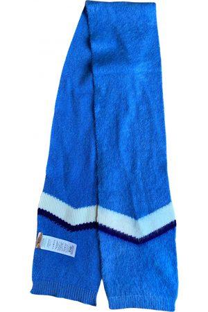 No. 21 Wool Scarves