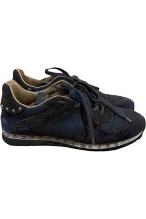 VALENTINO GARAVANI Men Sneakers - Rockstud leather low trainers