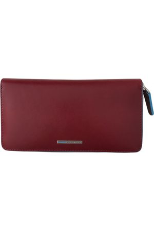 Piquadro Burgundy Leather Wallets