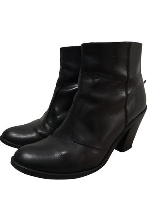 Hoss Intropia Leather Boots