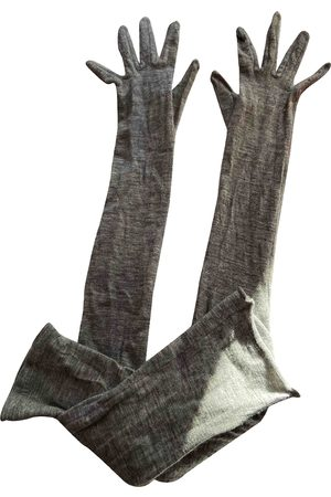 Bottega Veneta Grey Cashmere Gloves