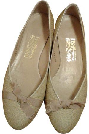 Salvatore Ferragamo Ecru Ballet Flats