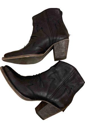 COLISEE DE SACHA Leather cowboy boots