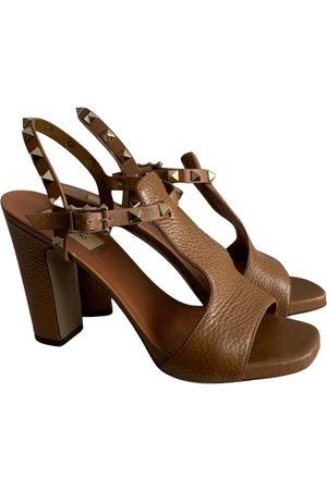 VALENTINO GARAVANI Camel Leather Sandals