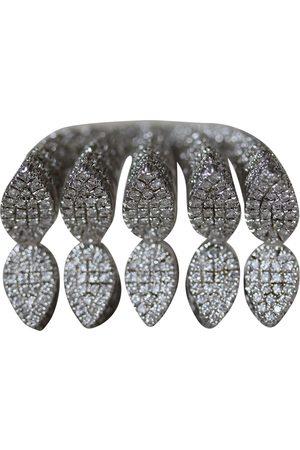 AS29 Metallic White Rings