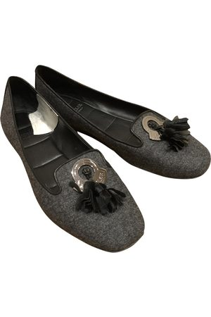 Moncler Grey Leather Ballet Flats
