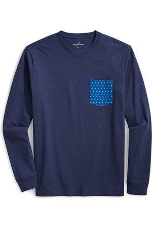 vineyard vines Men's Stars & Stripes Logo Box Long Sleeve Pocket Graphic Tee