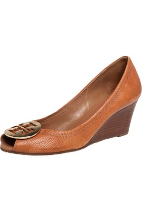 Tory Burch Women Wedge Pumps - Leather Wedge Pumps Size 39.5
