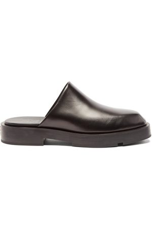 Givenchy Men Mules - Gg-plaque Leather Mules - Mens