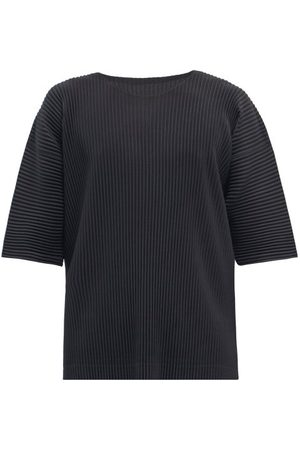 HOMME PLISSÉ ISSEY MIYAKE Oversized Technical-pleated T-shirt - Mens