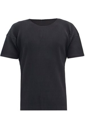 HOMME PLISSÉ ISSEY MIYAKE Technical-pleated Jersey T-shirt - Mens