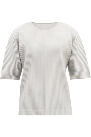 HOMME PLISSÉ ISSEY MIYAKE Oversized Technical-pleated T-shirt - Mens - Light Grey