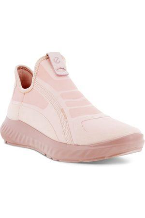 Ecco Women's Ath-1Fw Alpha Slip-On Sneaker