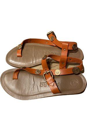 ALVARO GONZALEZ Leather sandal