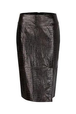 Marc Cain Women Leather Skirts - CROCODILE EFFECT LAMB NAPPA LEATHER SKIRT