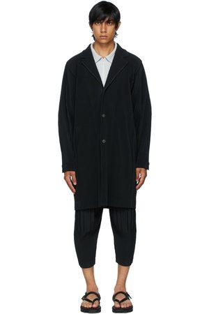 HOMME PLISSÉ ISSEY MIYAKE Black Basics Coat