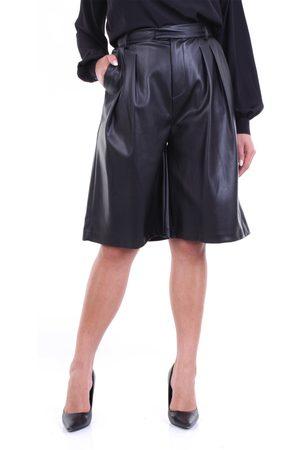 WEILI ZHENG Shorts bermuda Women