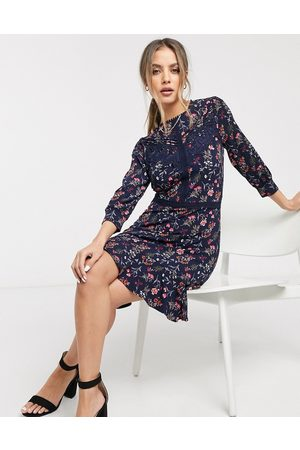 Oasis Floral print skater dress with lace trim in navy