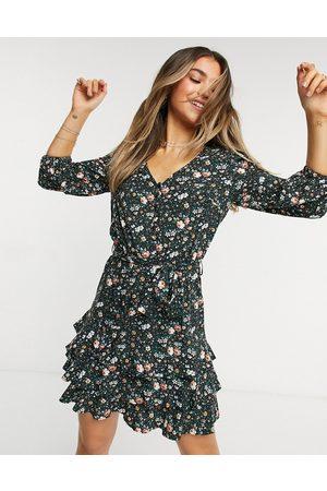 Oasis Printed dress in floral print-Multi