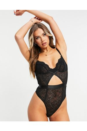ASOS DESIGN Melissa lace underwire body with elastic waist & keyhole in
