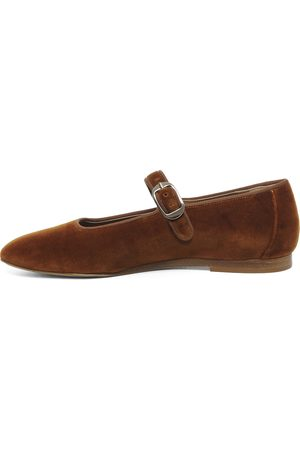 Le Monde Beryl Women Flat Shoes - Amber Mary Jane