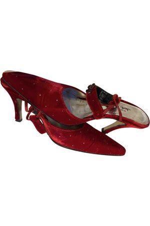 JET SET Velvet Sandals