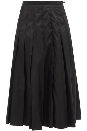 Moncler Pleated Technical-shell Skirt - Womens