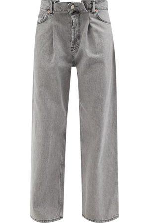 Raey Women Boyfriend Jeans - Fold Organic-cotton Dad Baggy Boyfriend Jeans - Womens - Light Grey
