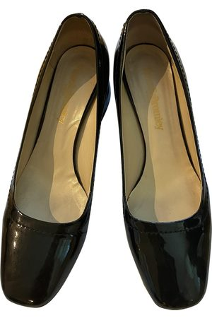 RUSSELL & BROMLEY Patent leather heels