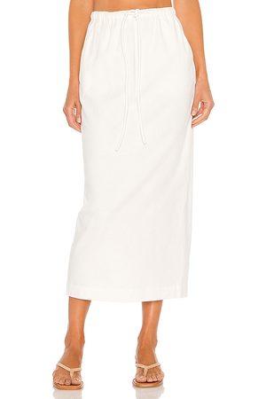 L'Academie Bexley Skirt in Ivory.