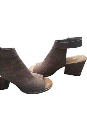 TOMS Sandal