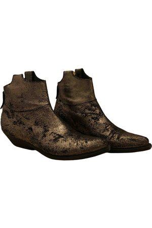 Vic Matié Glitter Boots