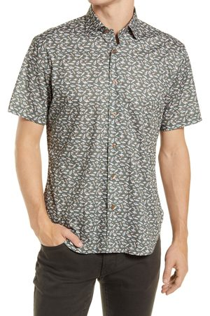 Jeff Men's Something Fishy Short Sleeve Stretch Button-Up Shirt