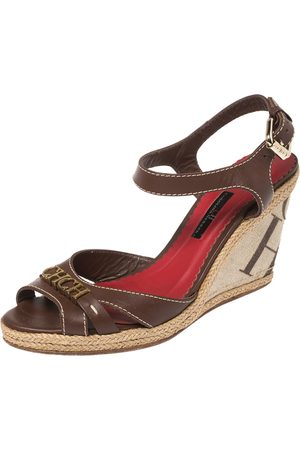 Carolina Herrera Leather and Canvas Espadrille Wedge Ankle Strap Sandals Size 39