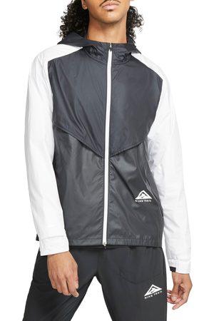 Nike Men Jackets - Men's Windrunner Packable Jacket