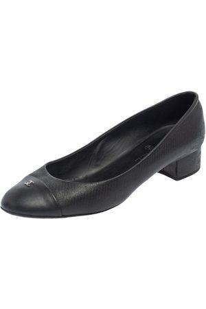 CHANEL Textured Leather Cap Toe CC Heel Pumps Size 41